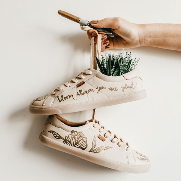 sustainable vegan sneakers size charts