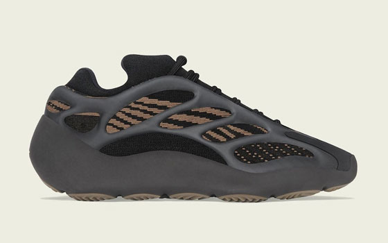 Adidas-yeezy-boost-700-V3-clay-brown