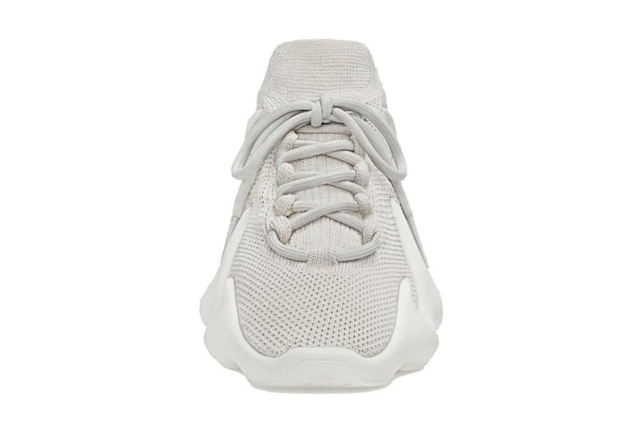 adidas-yeezy-450-cloud-white-size-charts.com-1